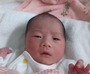 2017年3月30日生まれ山田千寿咲ちゃん